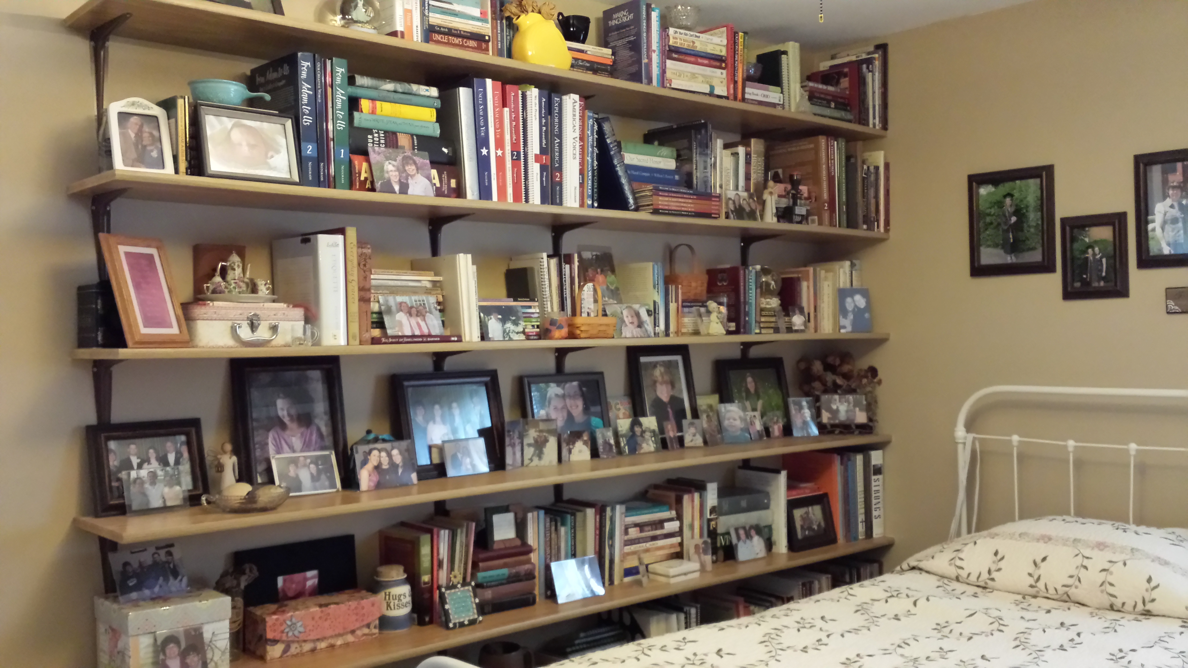 RECLAIM AN EMPTY WALL FOR FABULOUS STORAGE SPACE